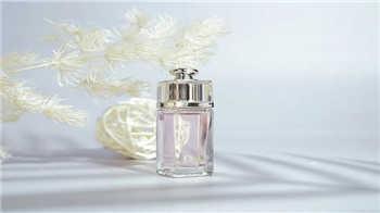 女生入門級香水有哪些-最受歡迎十大女生入門級香水
