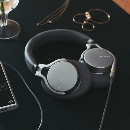 索尼MDR-1AM2头戴式有线高解析度耳机